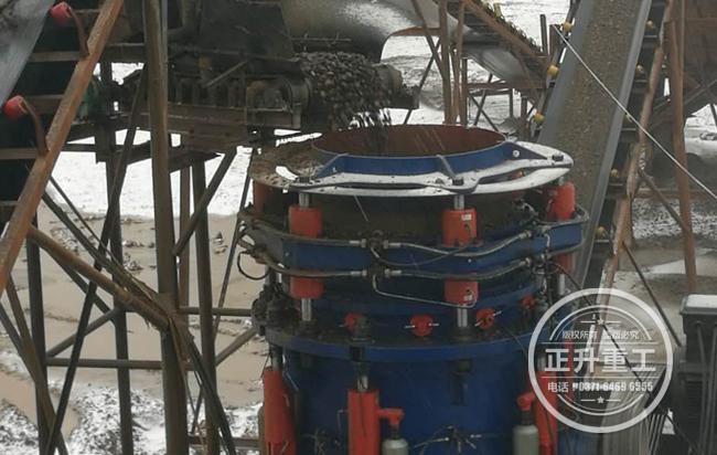 多缸液压圆锥破碎机