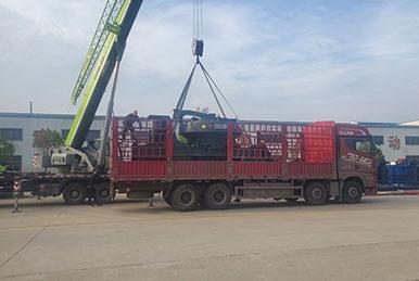 正升重工ZS系列制砂机发往湖北用户现场