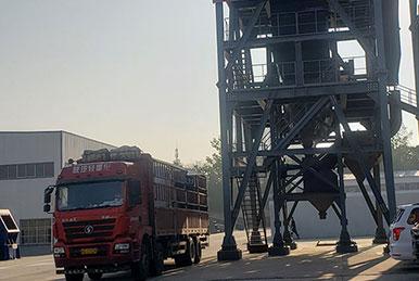 正升重工单电机制砂机发往山东青岛
